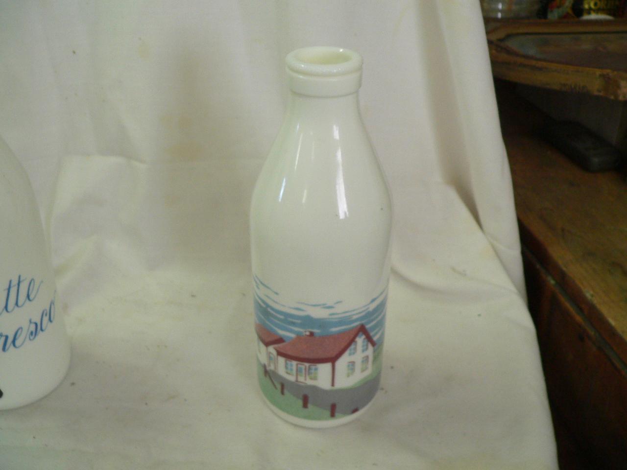 Bouteille de lait blanche # 3553.3
