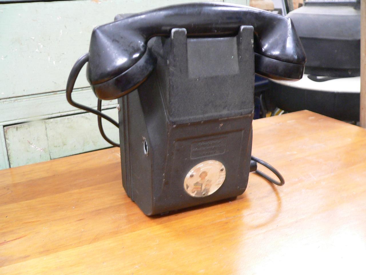 Téléphone antique # 4255