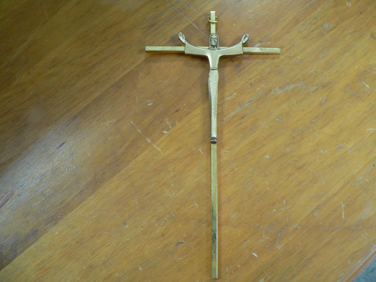 Croix en brasse # 4310