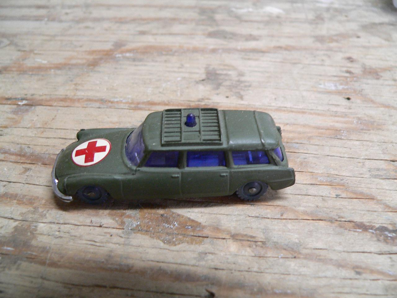 Citroen safari military ambulance # 4466.3