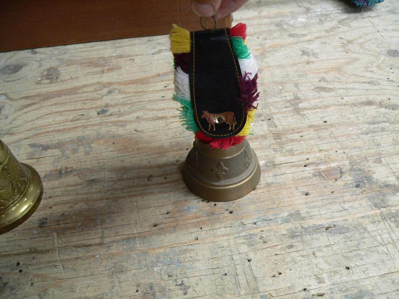 Très belle cloche en brasse # 4551.2