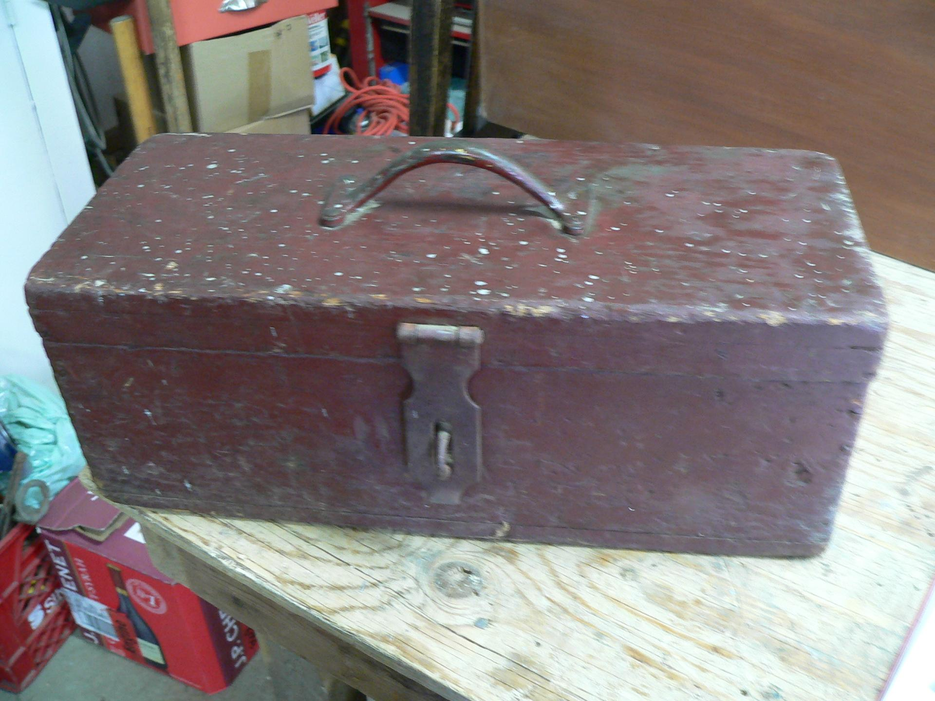 petit coffre a outil antique # 4622