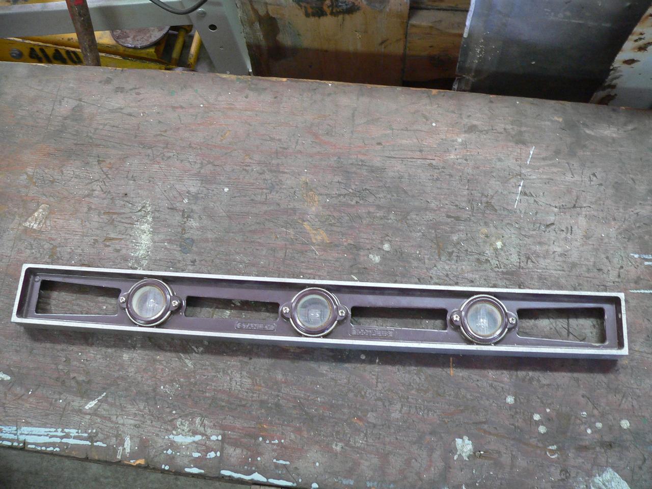 Niveau en aluminium épais # 4807.5