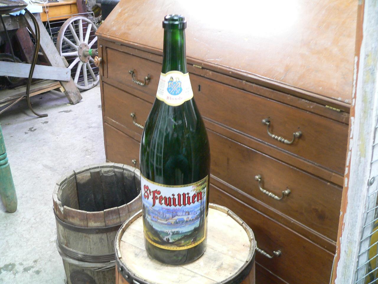 Grosse bouteille de biere # 4860