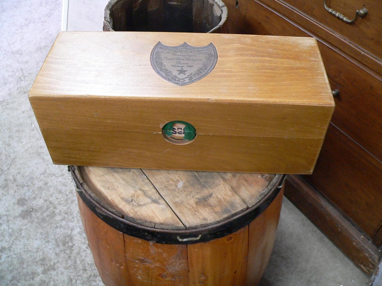 Boite de bois dom pérignon # 4909
