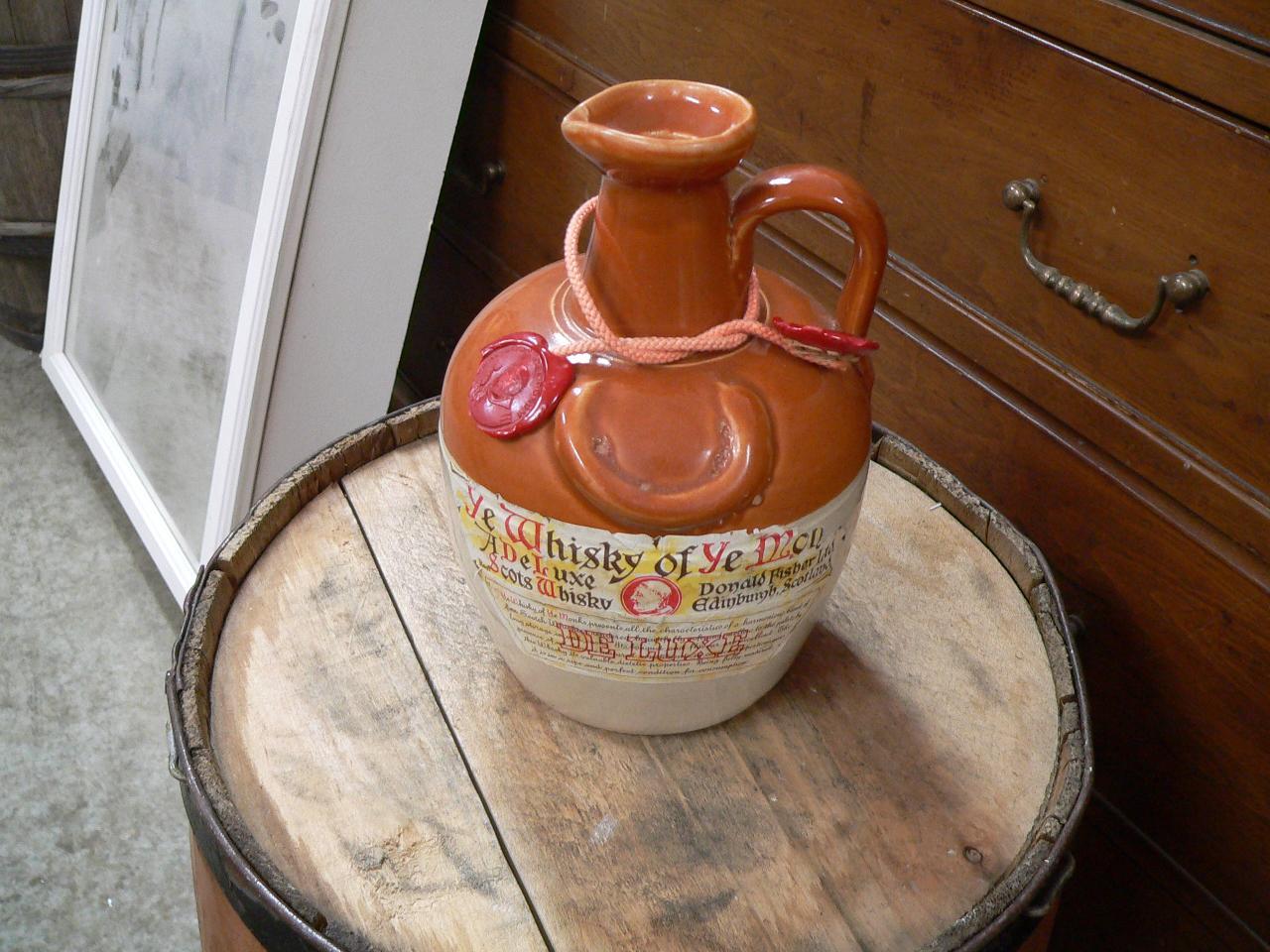 Bouteille jarre de whisky # 4922.1