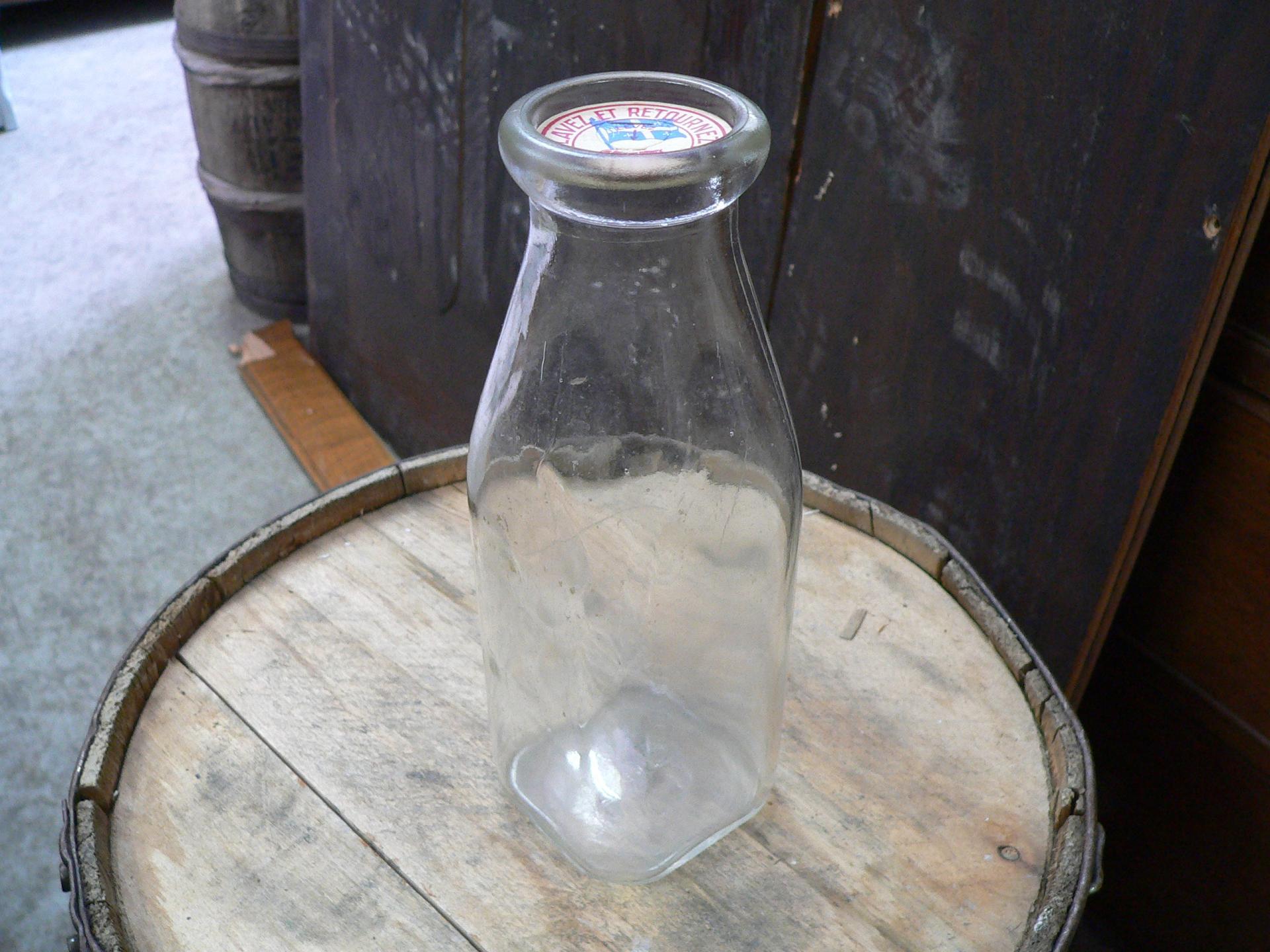 Bouteille de lait antique # 5023.38