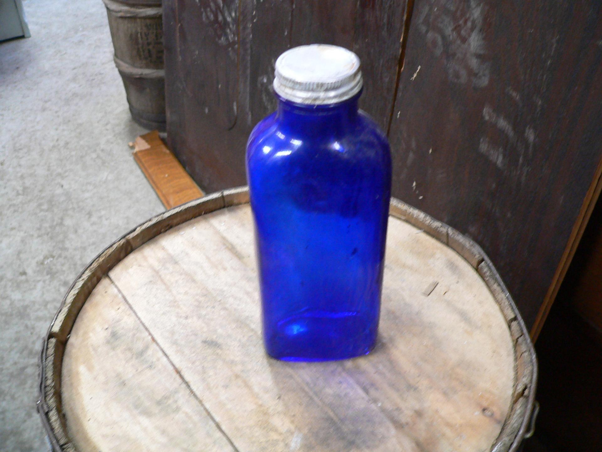 Bouteille de médicament bleu # 5023.51