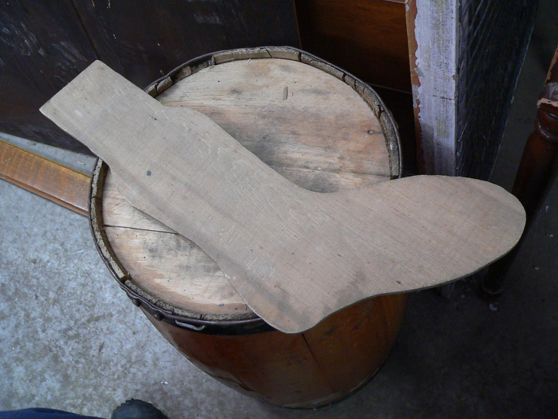 Forme antique en bois pour bas # 5031.1