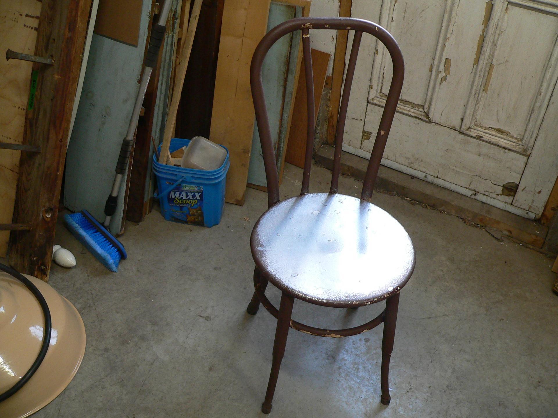 Chaise antique bistro # 5363
