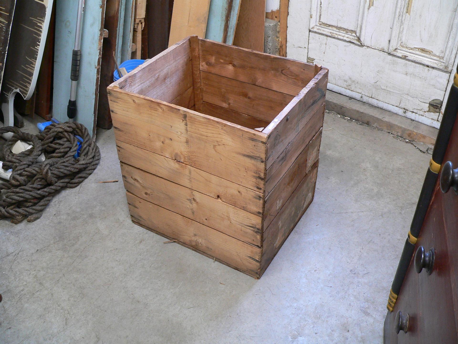 Caisse de bois antique # 5522.7
