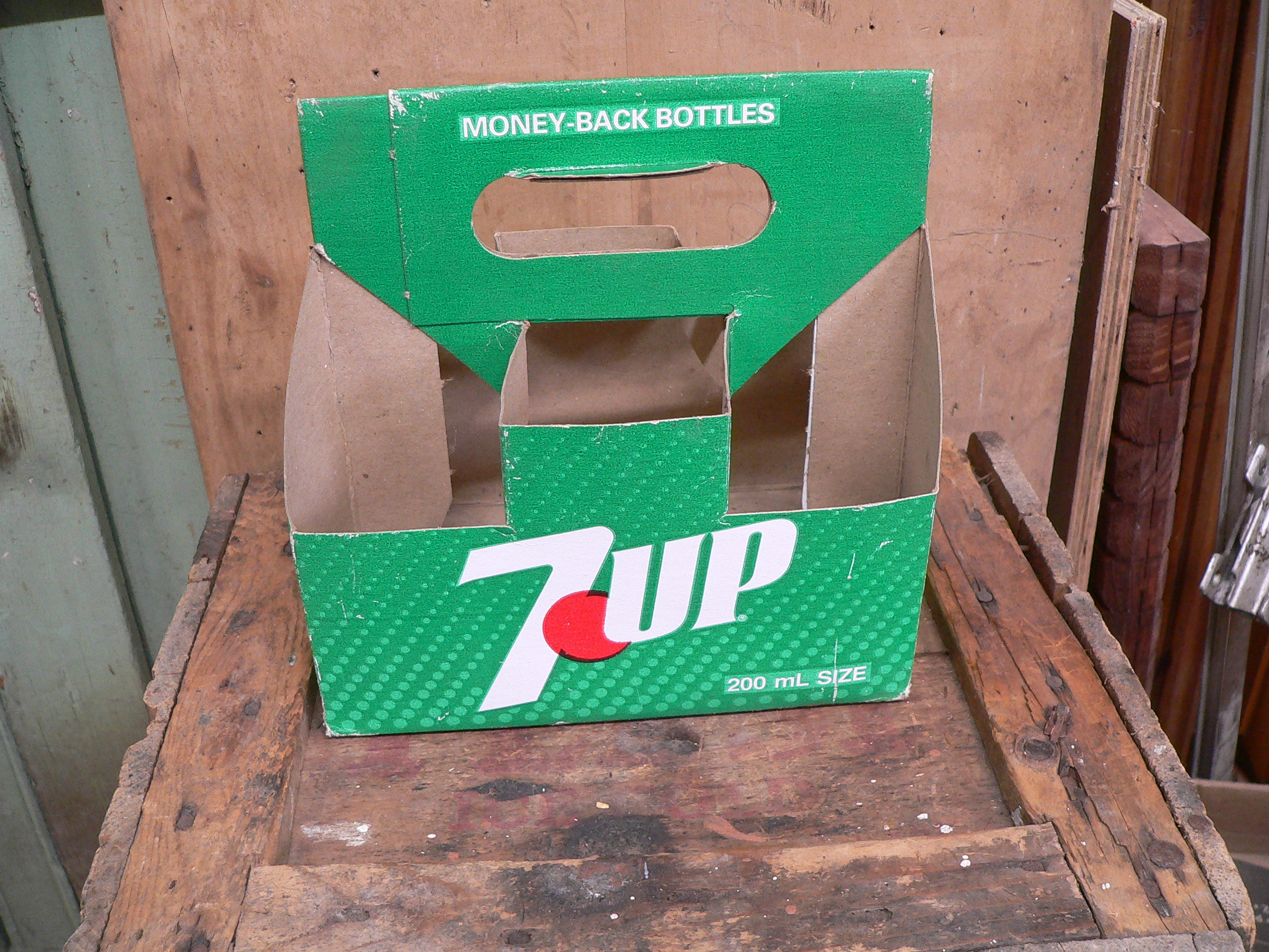 6 pack 7up en carton # 5759.7