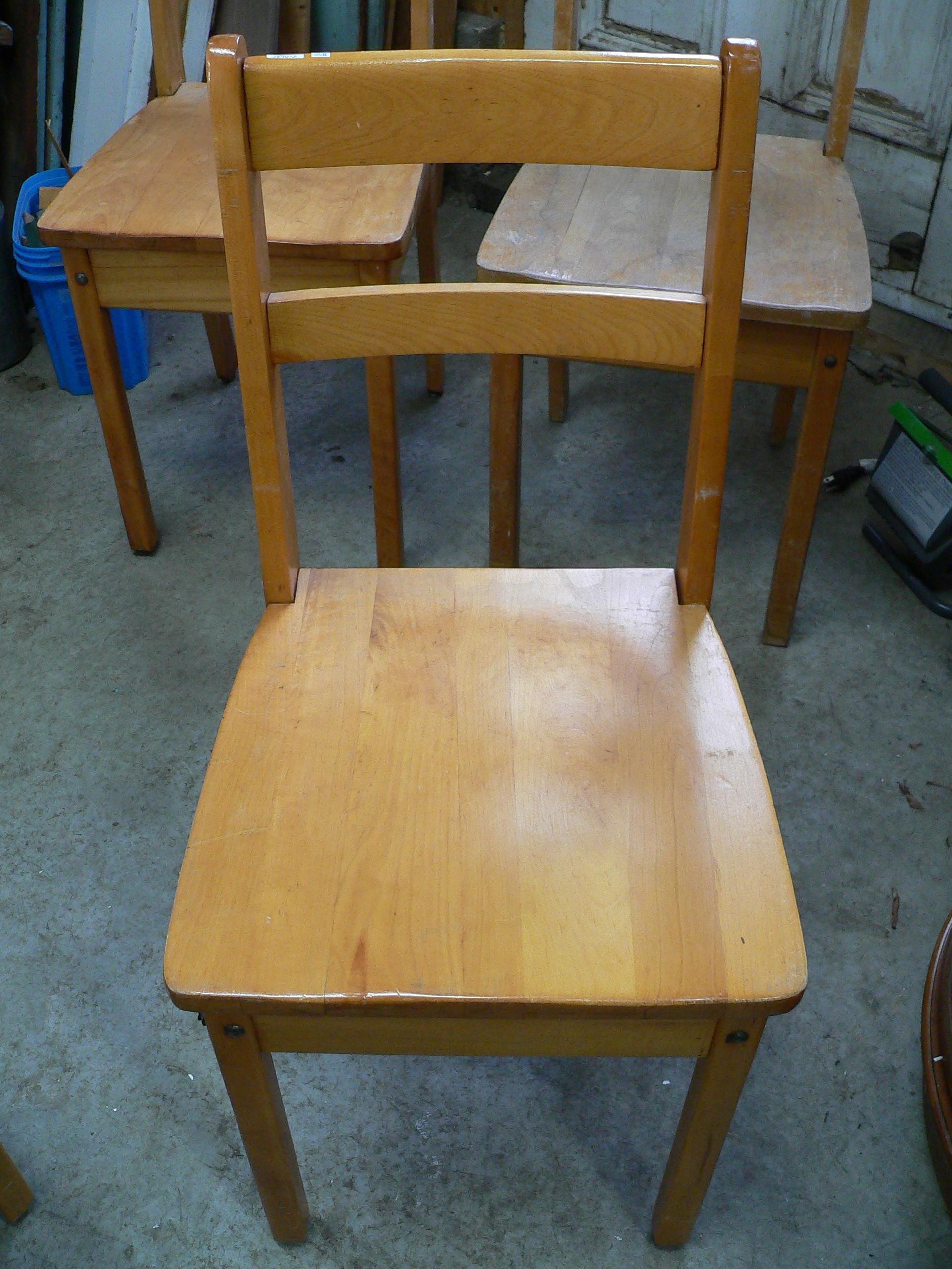 Chaise antique # 5890.2
