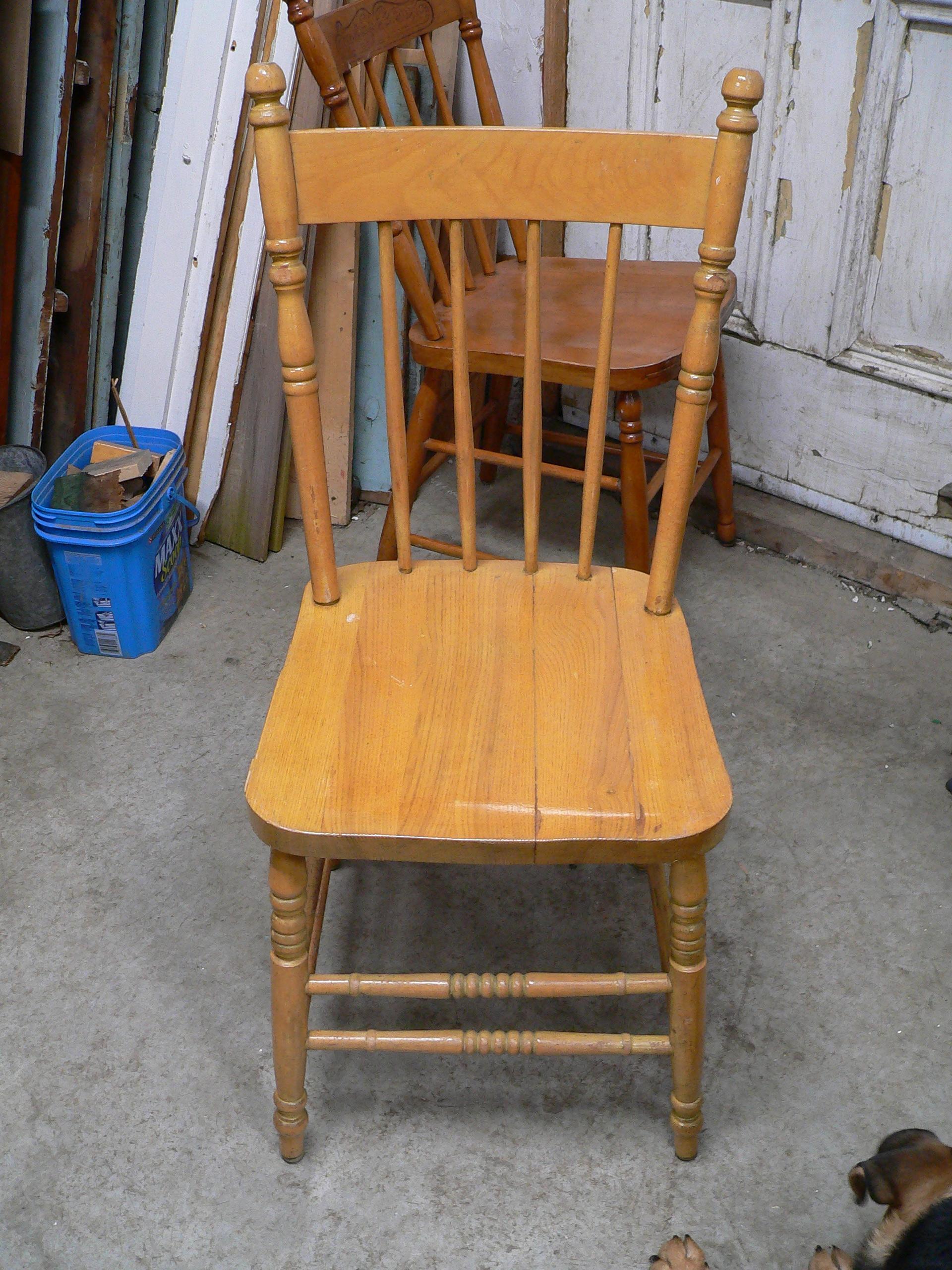 Chaise antique # 5892.8