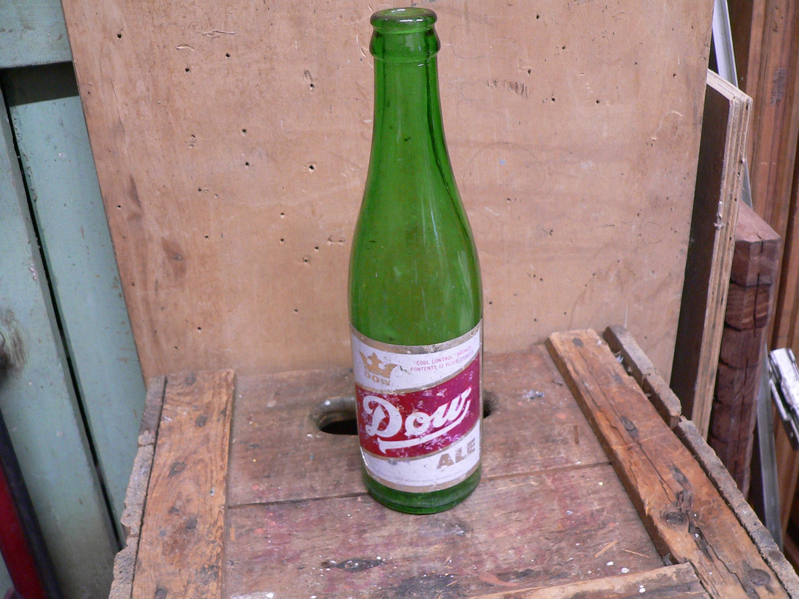 Bouteille antique dow ale # 5907.3