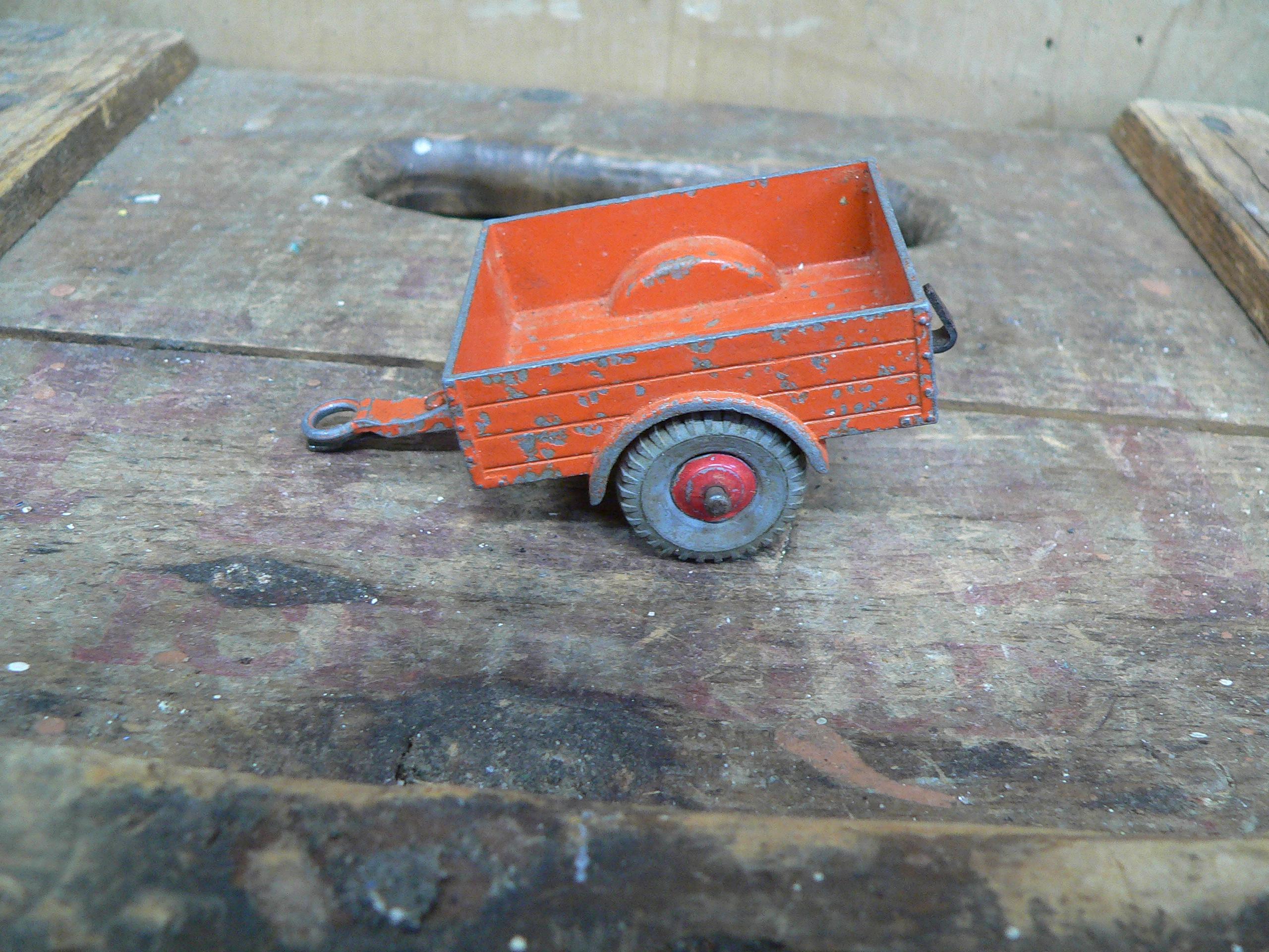 Trailer land rover orange # 5923.21