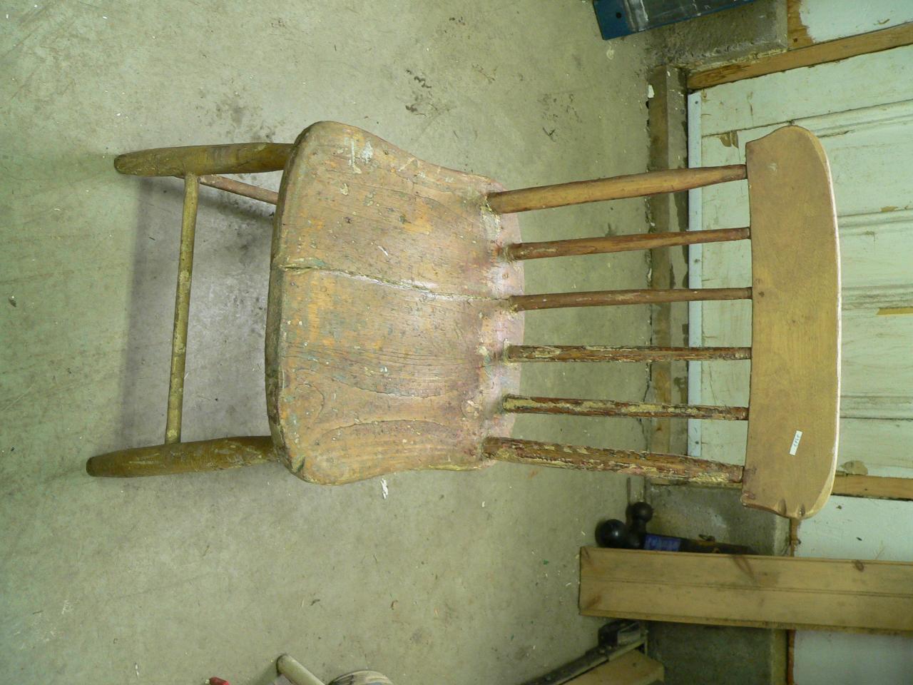 Chaise antique # 2347