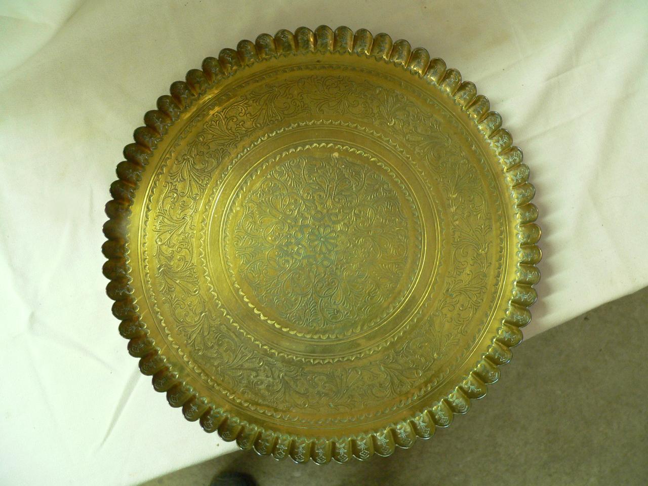 Assiette antique en brasse # 4034