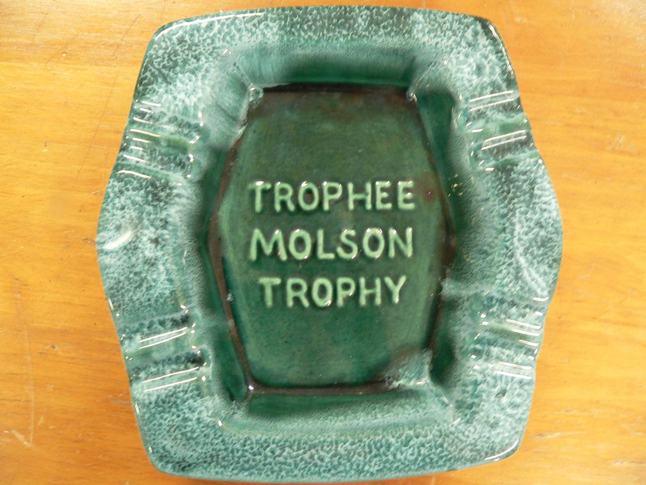 Cendrier molson trophee # 4198