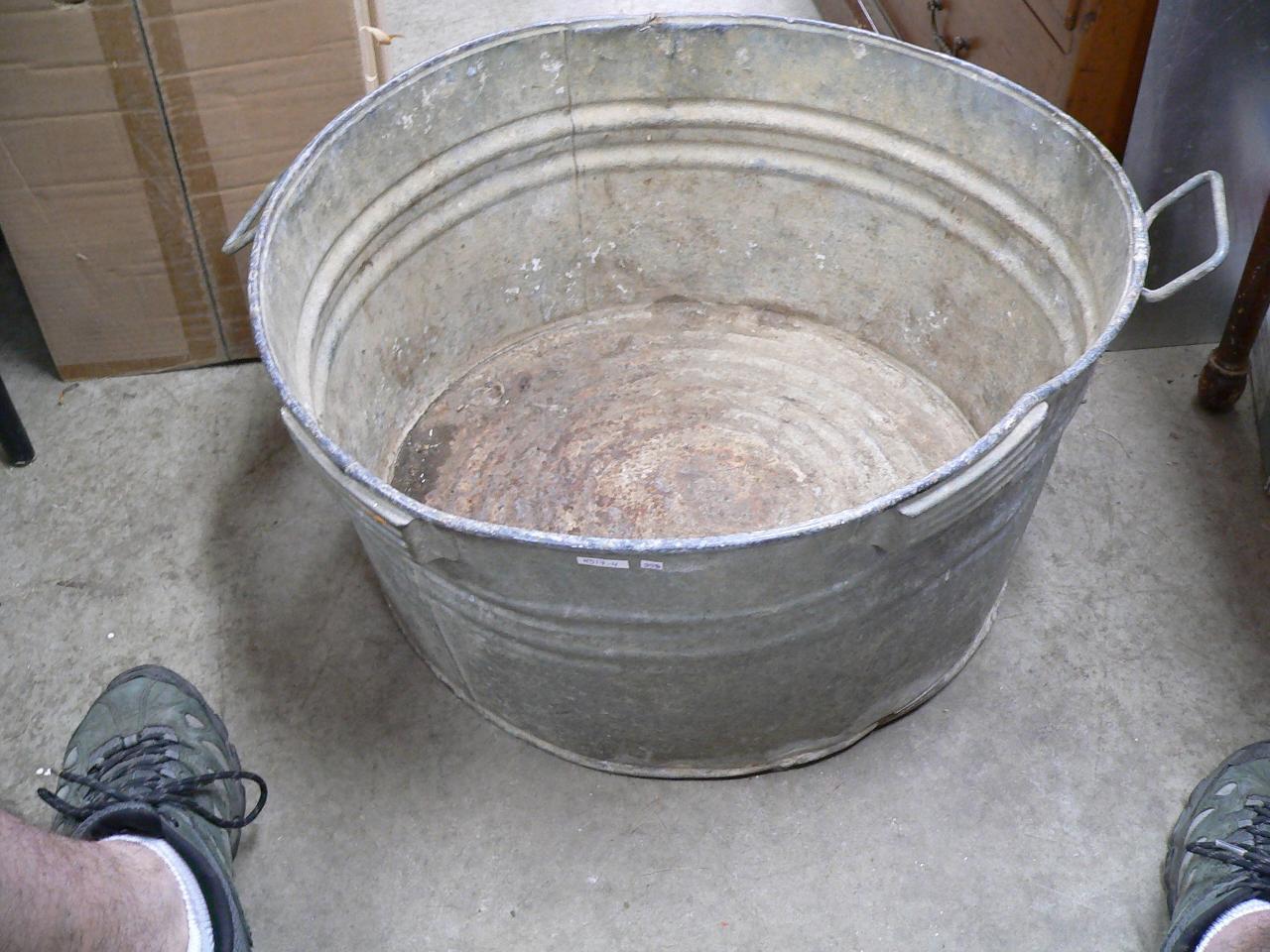 Grosse bassine antique # 4517.4