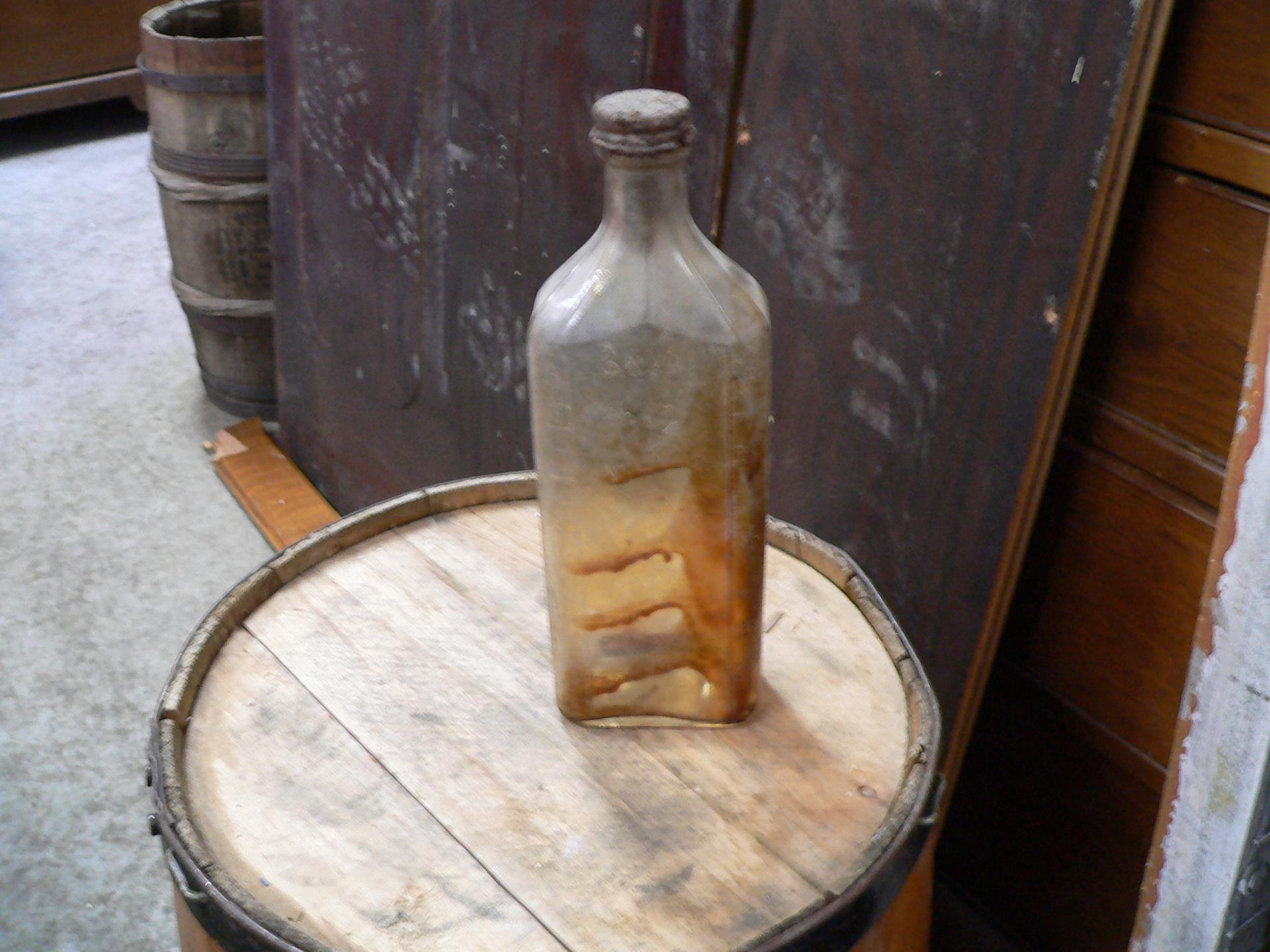 bouteille antique gradué # 5023.46