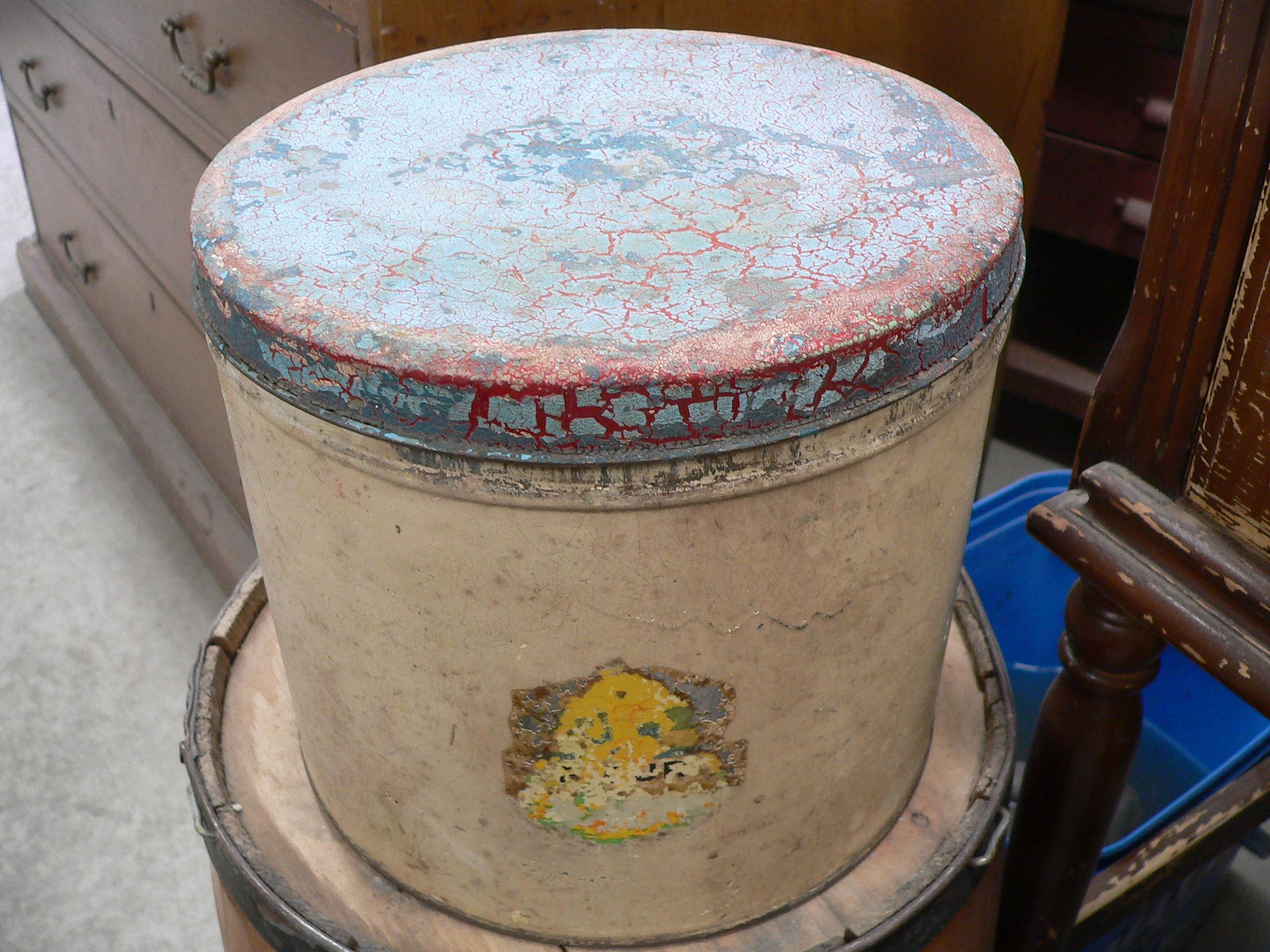 Ancienne canne de tôle de farine # 5115