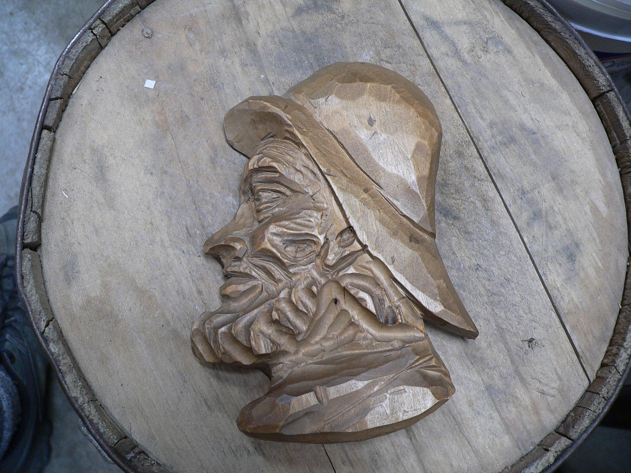 Sculpture de pêcheur en bois # 5248.36