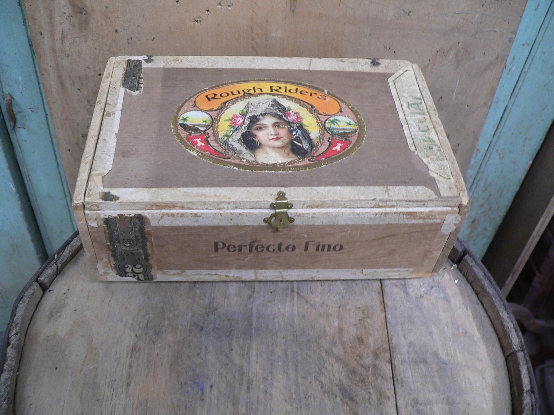 Boite de cigare antique rough riders # 5349.3
