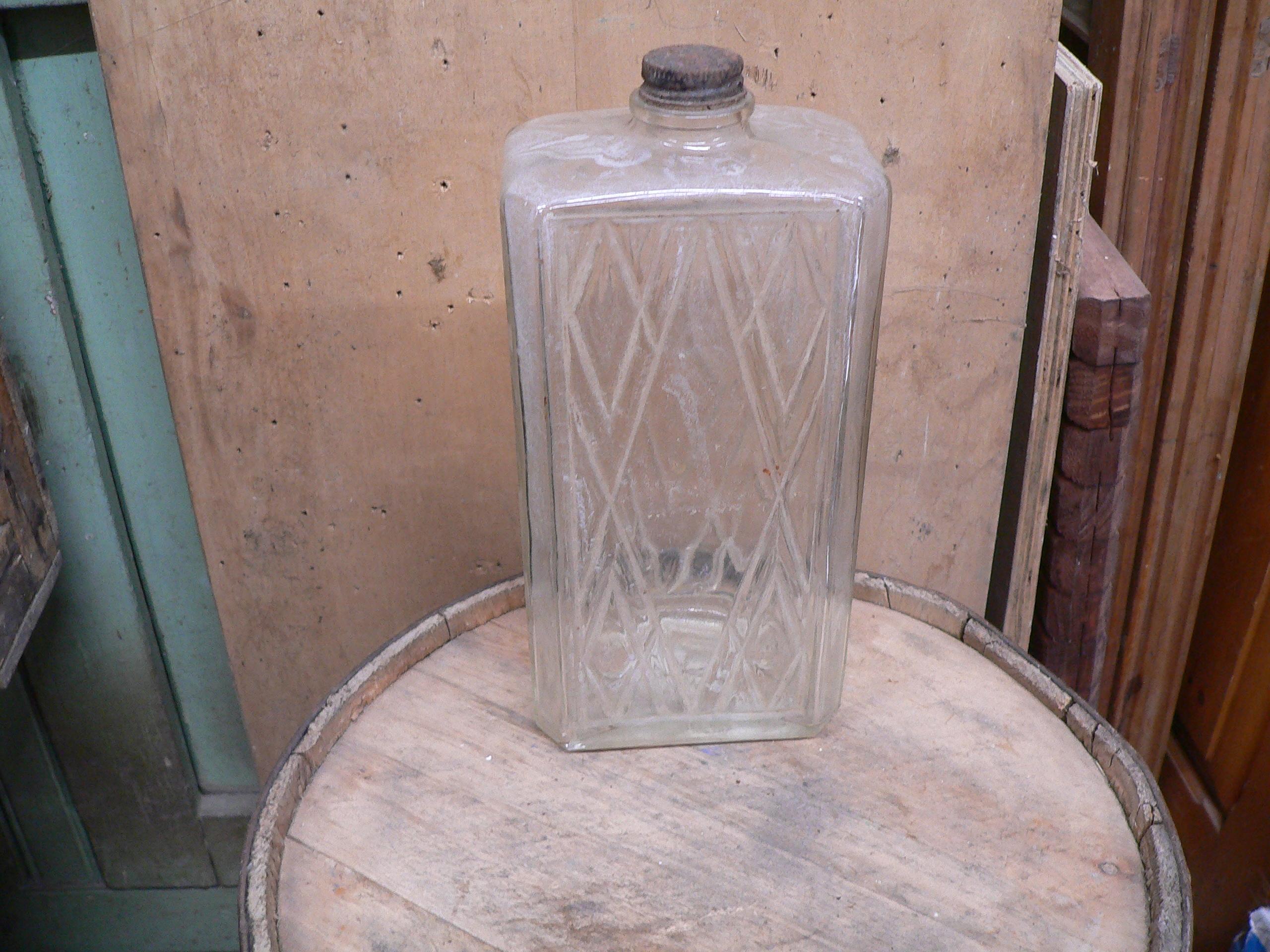 Bouteille antique d'alcool # 5604.10