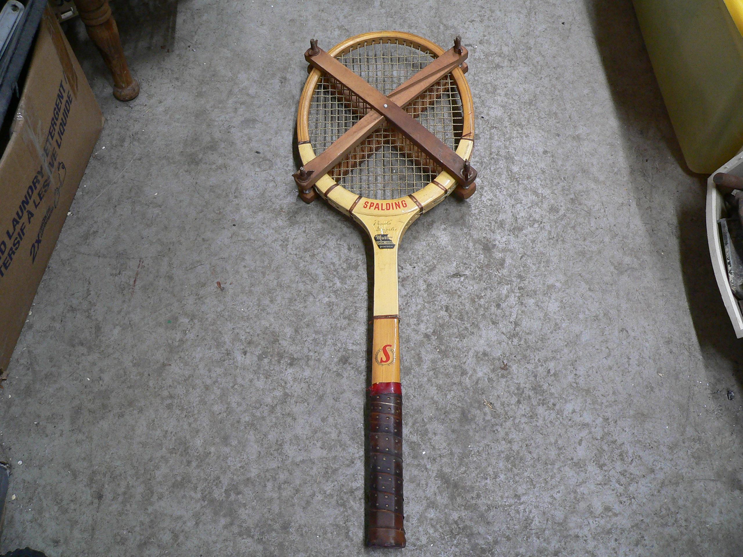 Raquette de tennis vintage # 5869.33