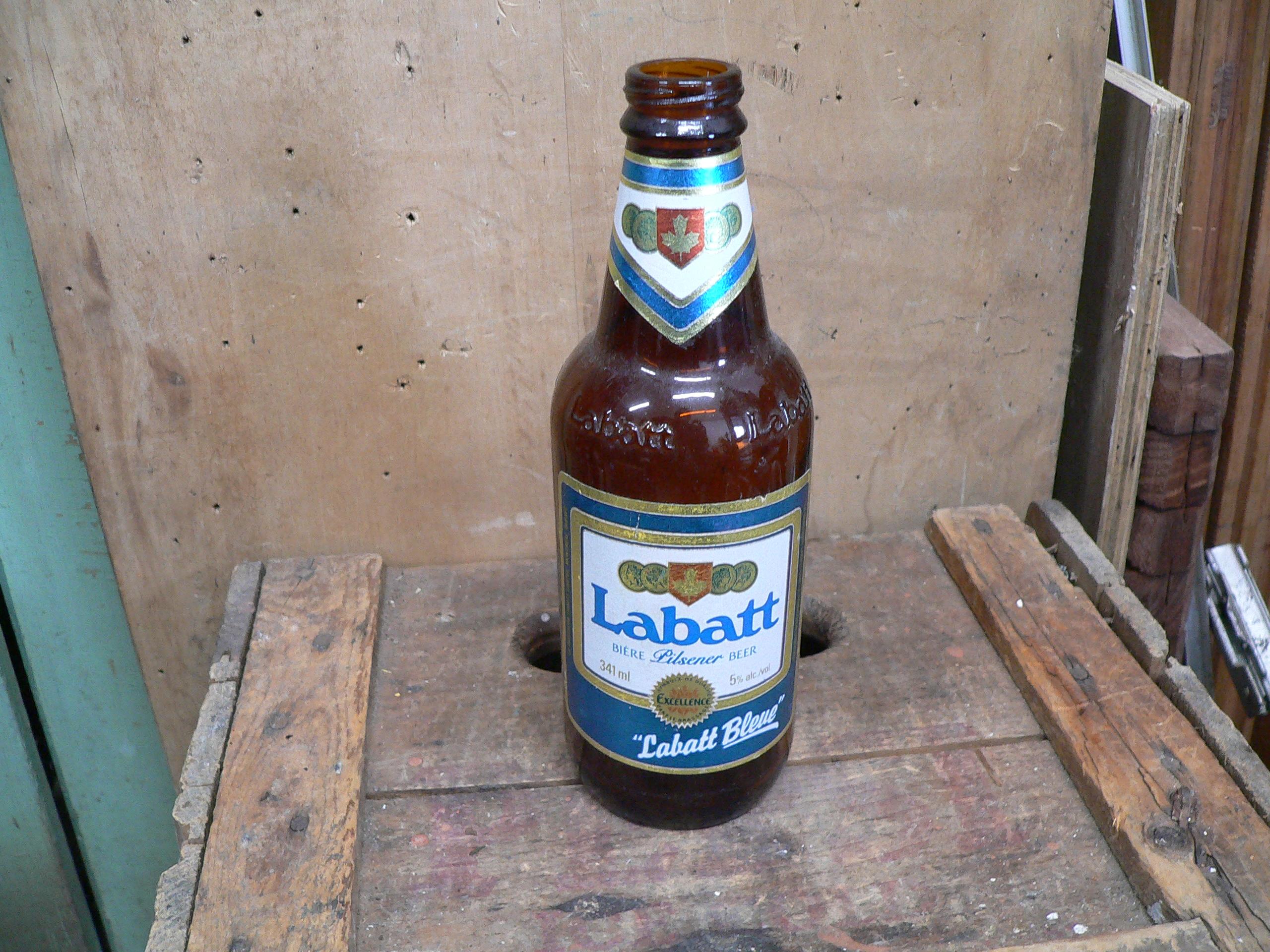 Bouteille bière labatt bleue # 6040.7
