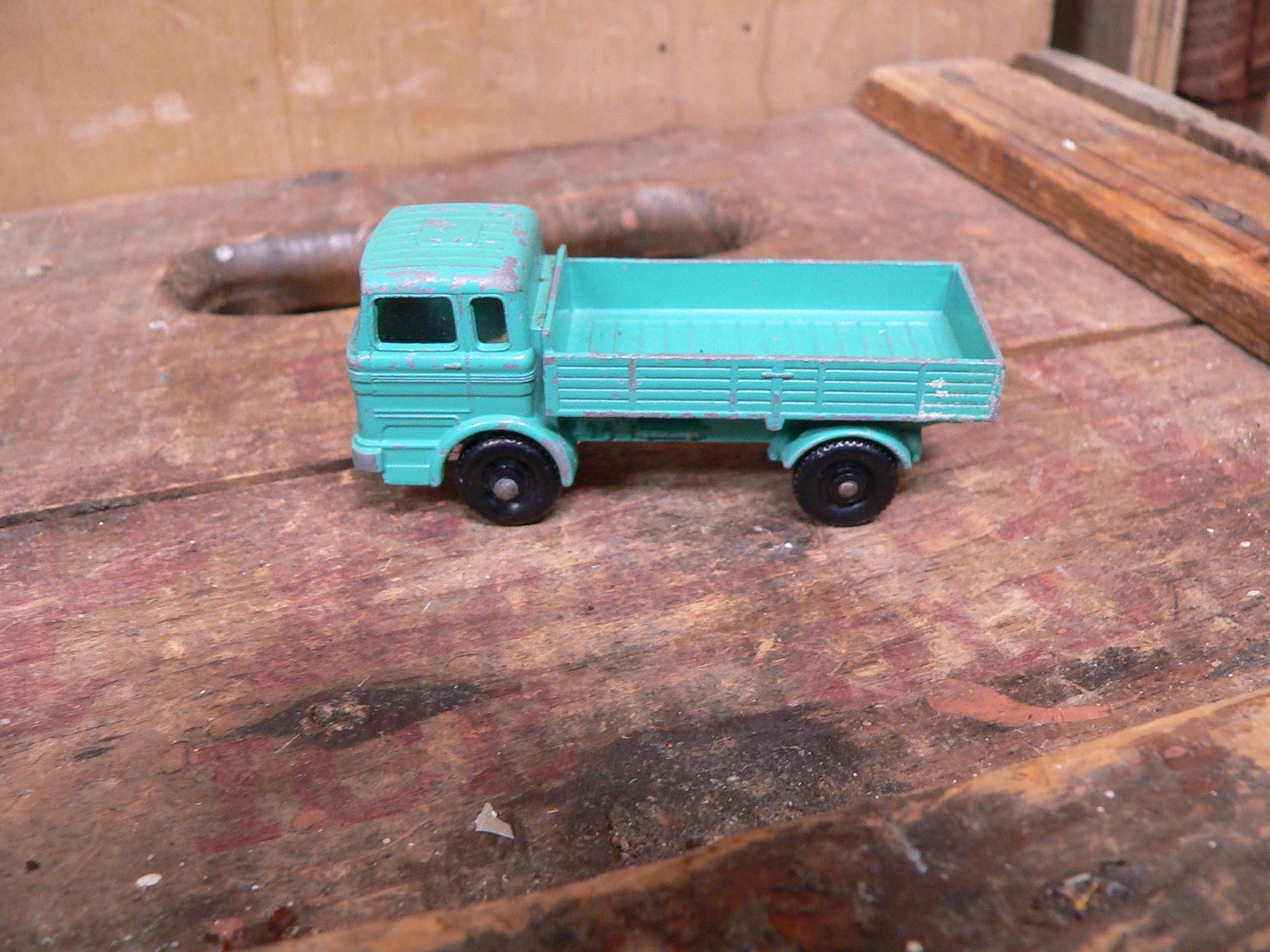 Mercedes truck lorry # 6072.7