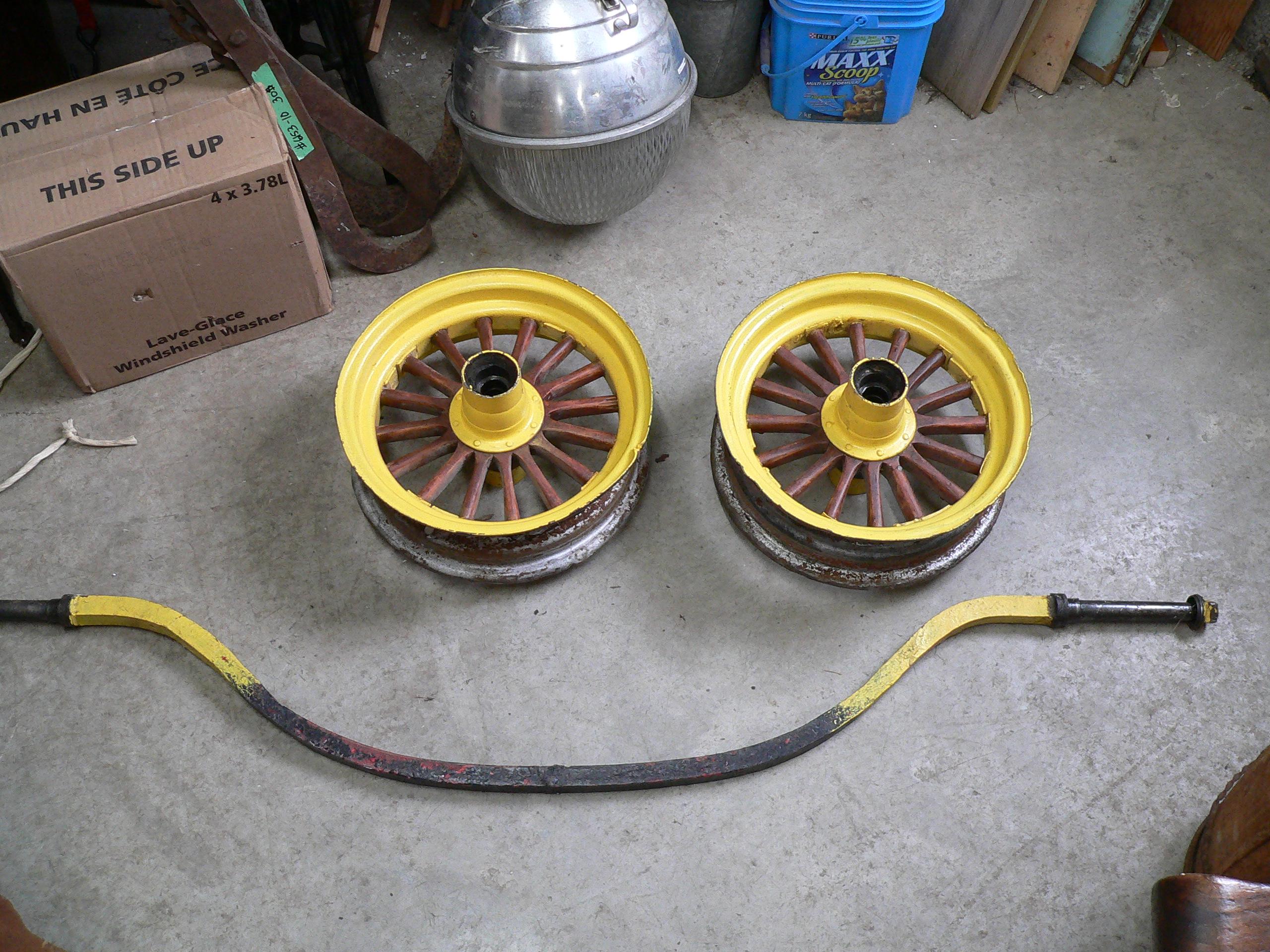 Paire de roue antique # 6154.9