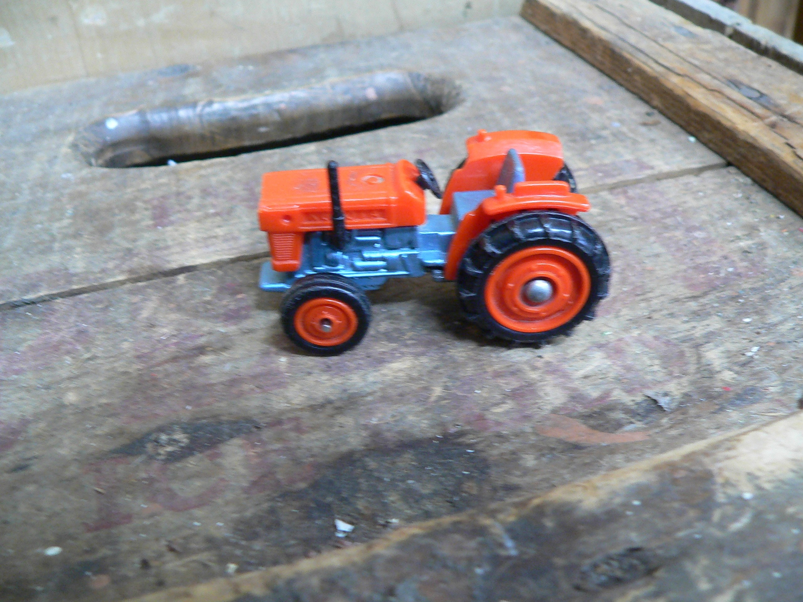 Tomica kubota tractor # 6199.13