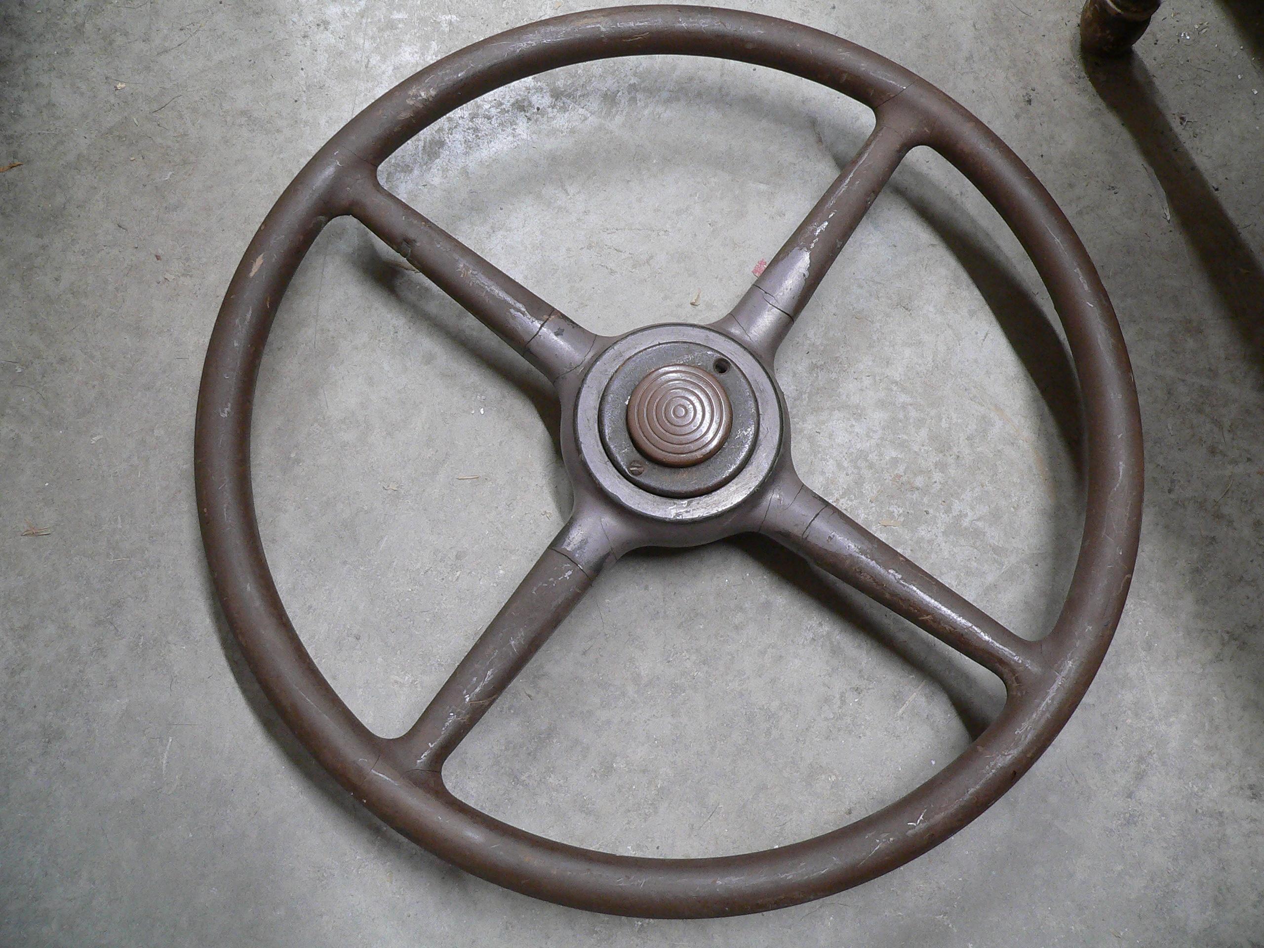Volant antique # 6505
