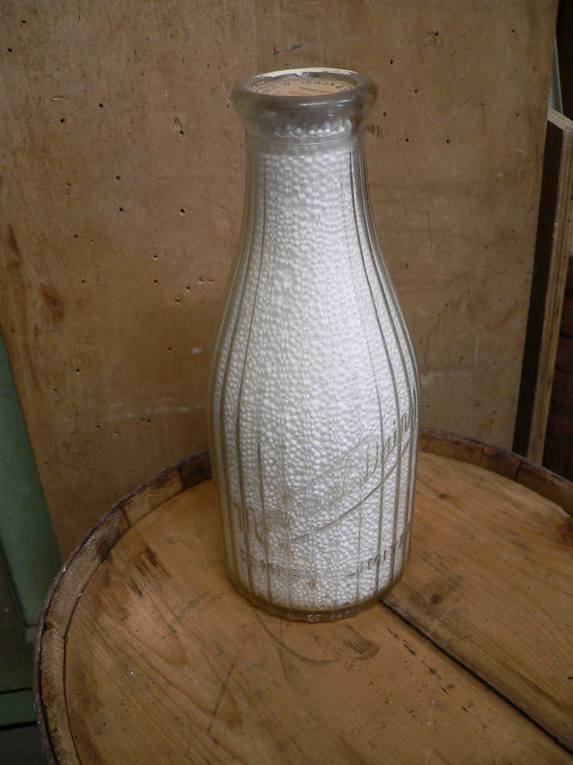 bouteille antique de lait montréal dairy  # 6626.2