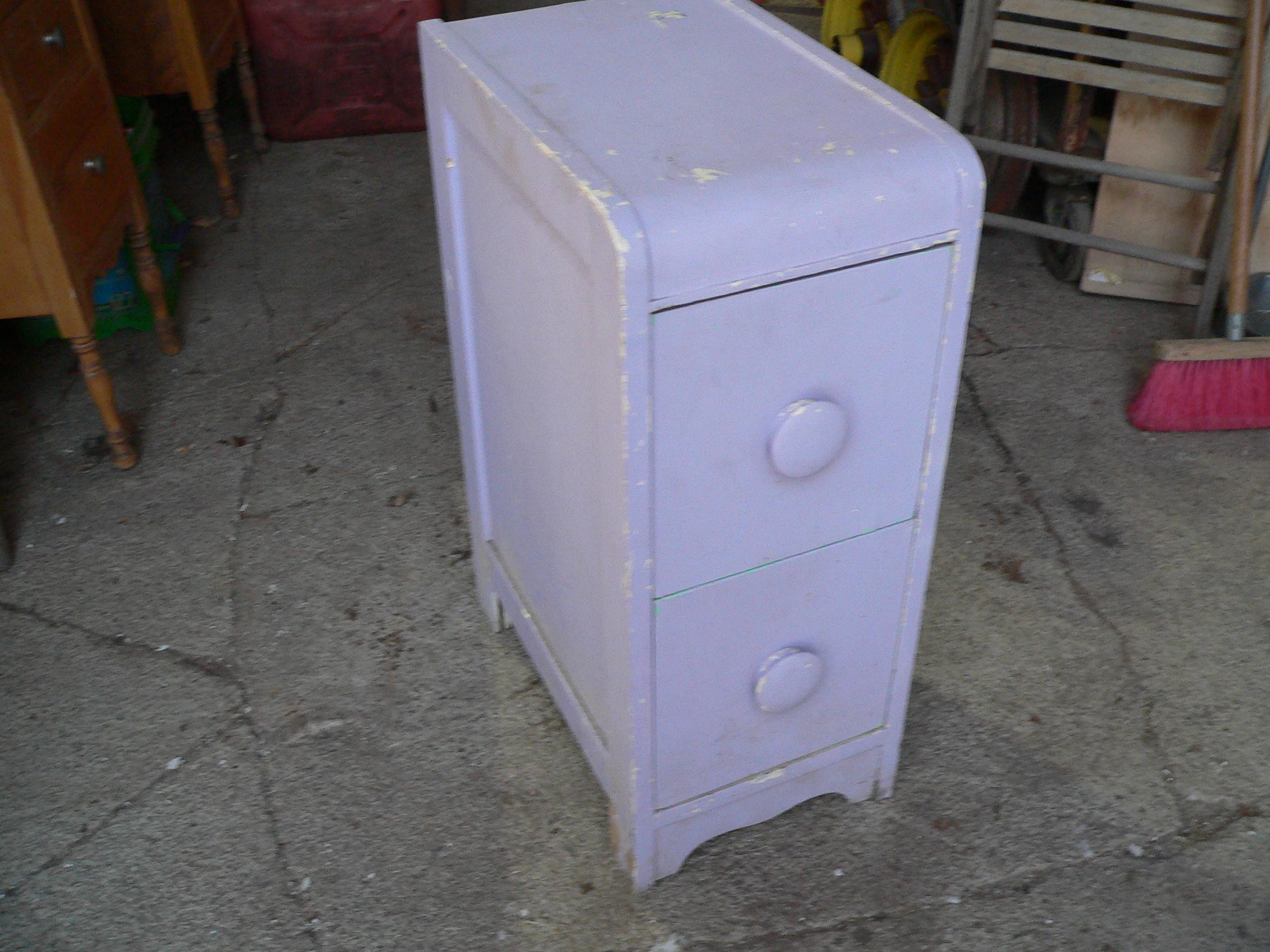 Petite table de chevet antique # 6780