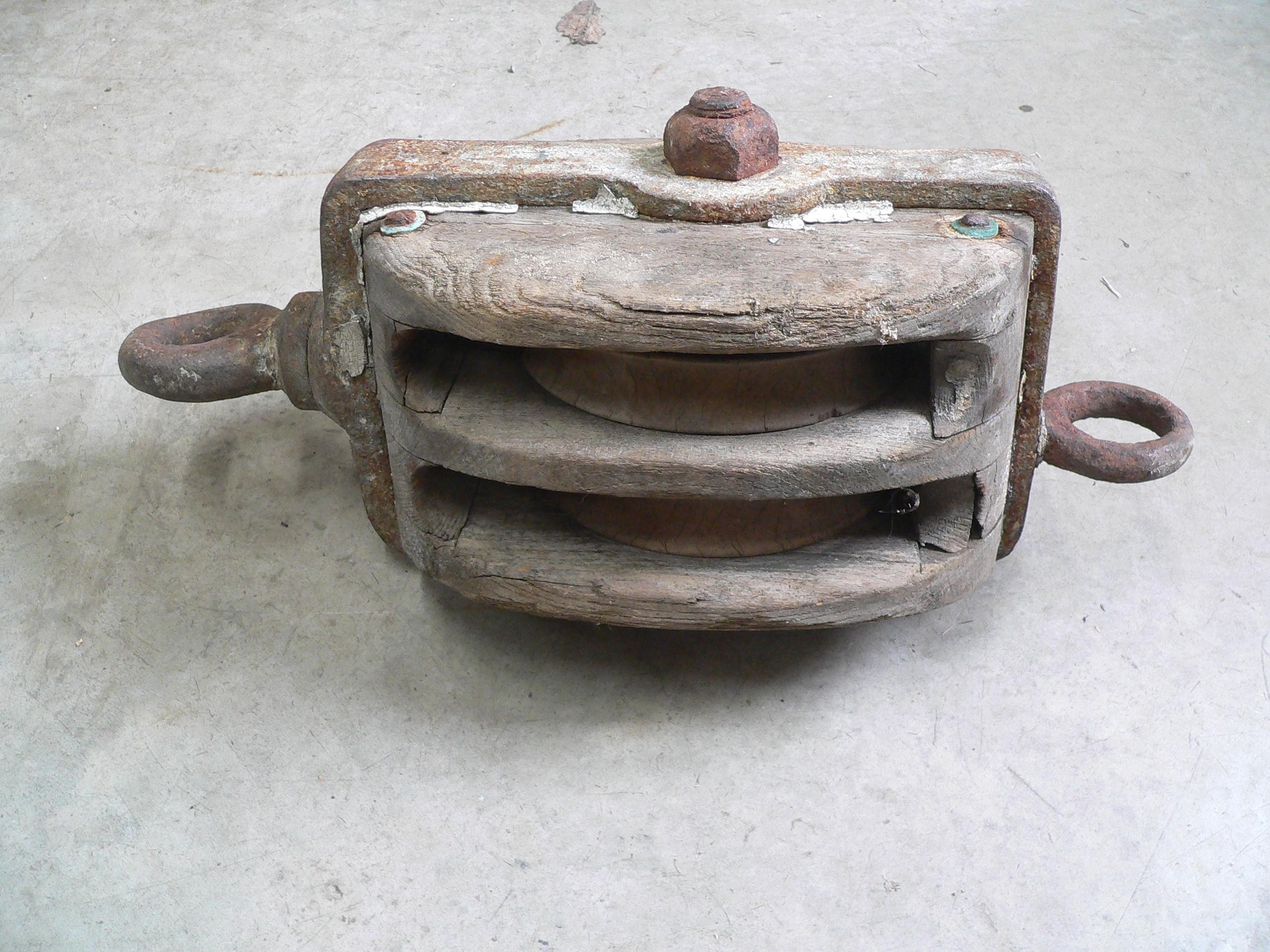 Grosse poulie double antique en bois # 6980.1