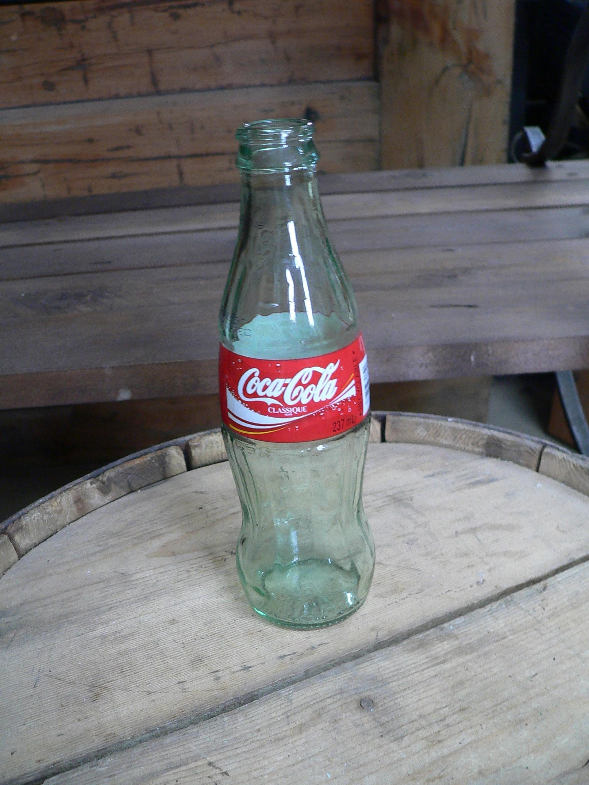 Bouteille coke # 6983. 19