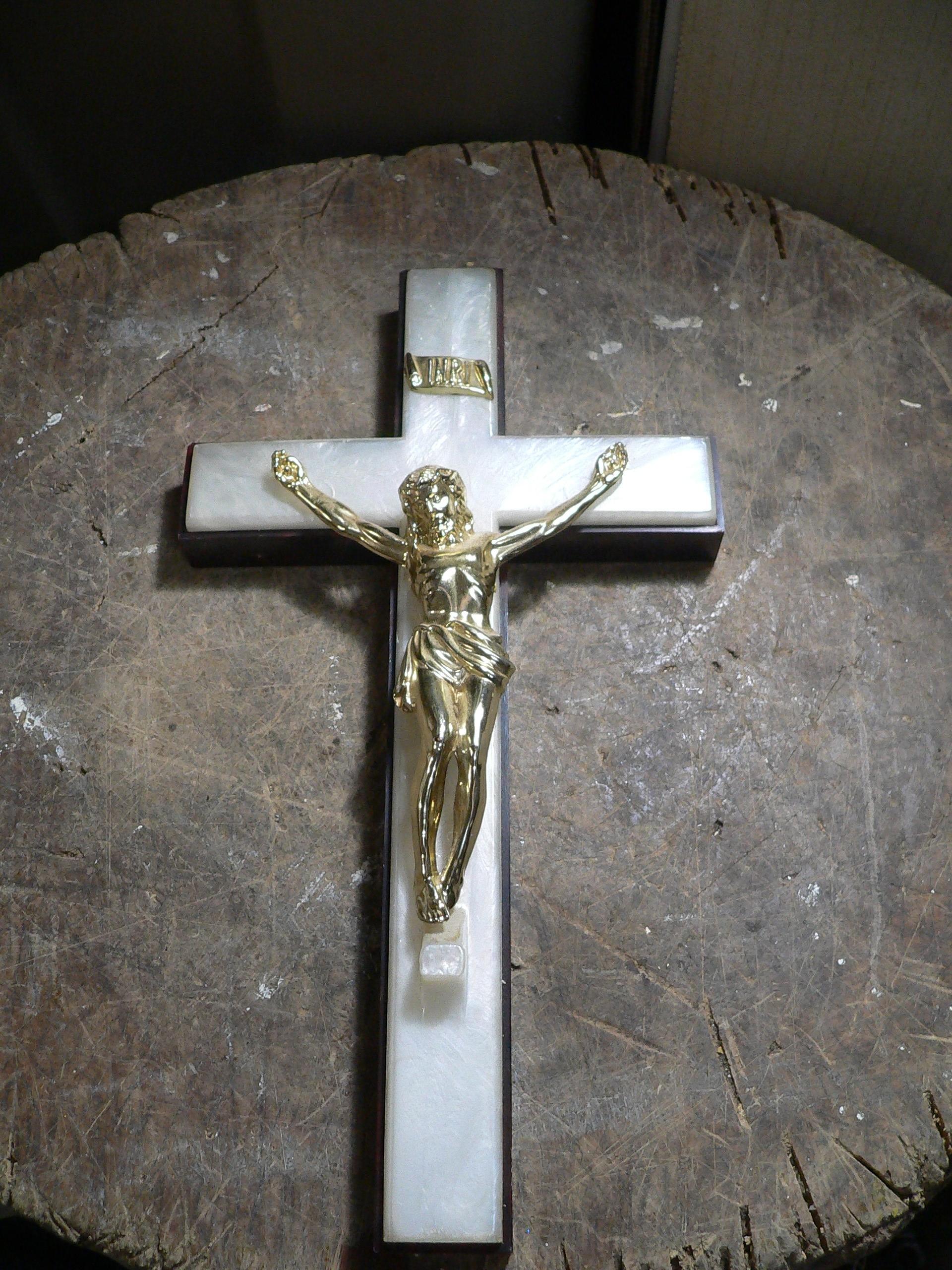 Crucifix vintage # 7586.3