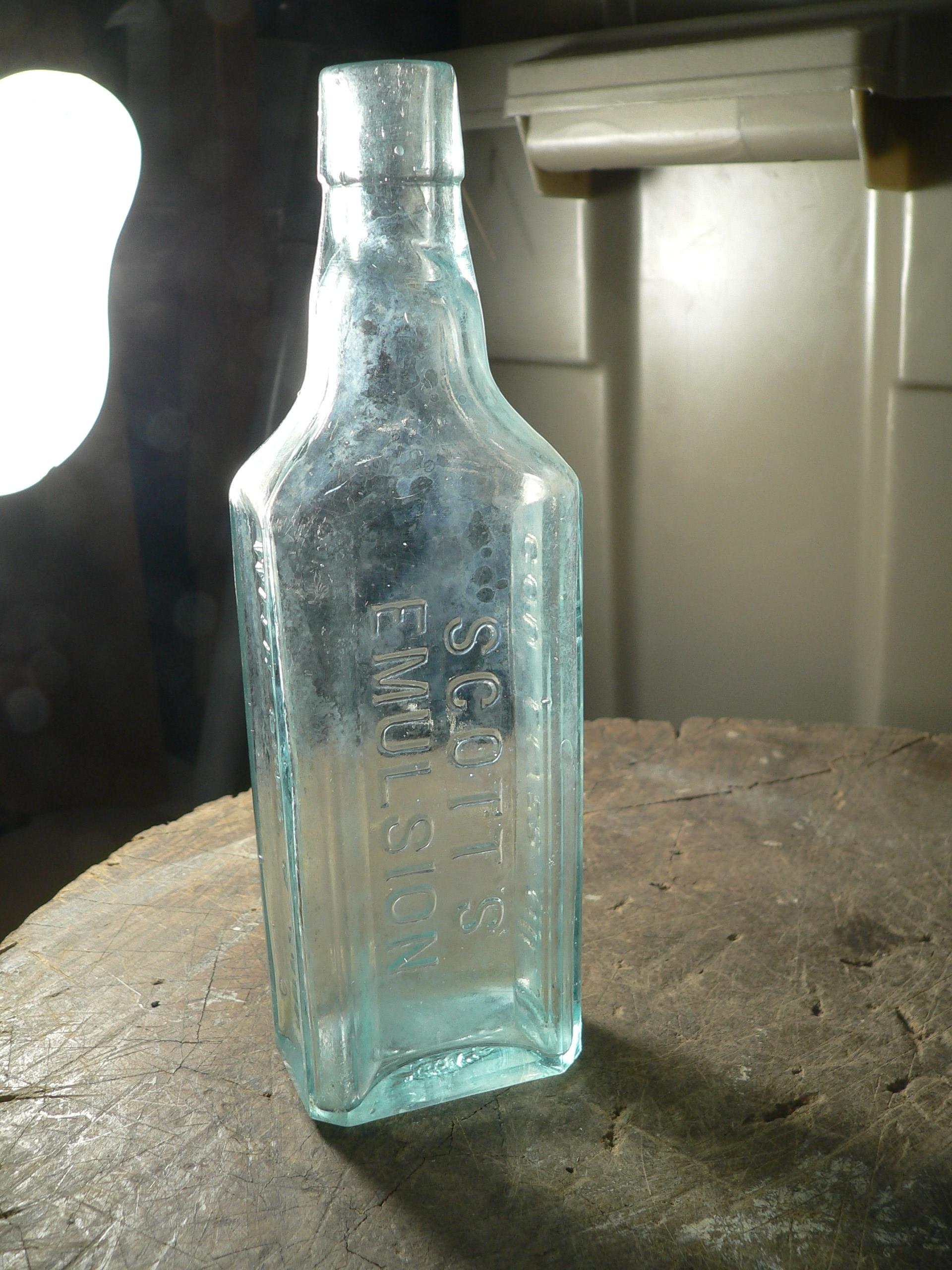 Bouteille antique scott's emulsion # 7816.23