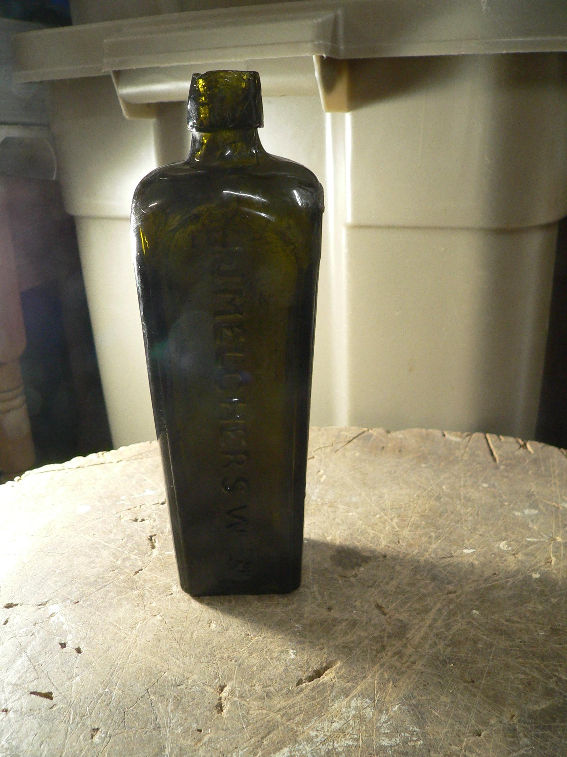 Bouteille antique de gin JJ. Melchers # 7837.3