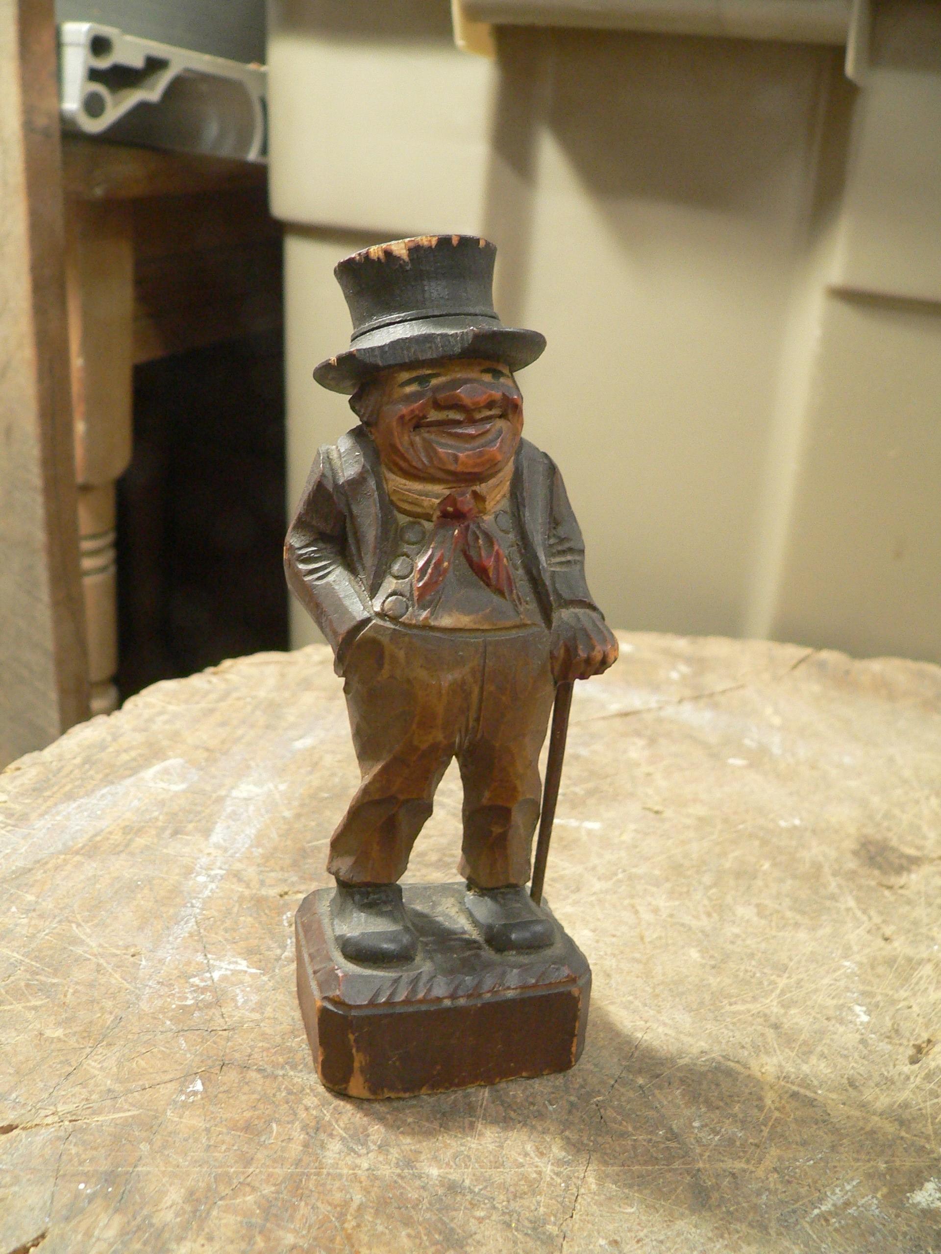 Petite sculpture en bois vintage # 7849.1