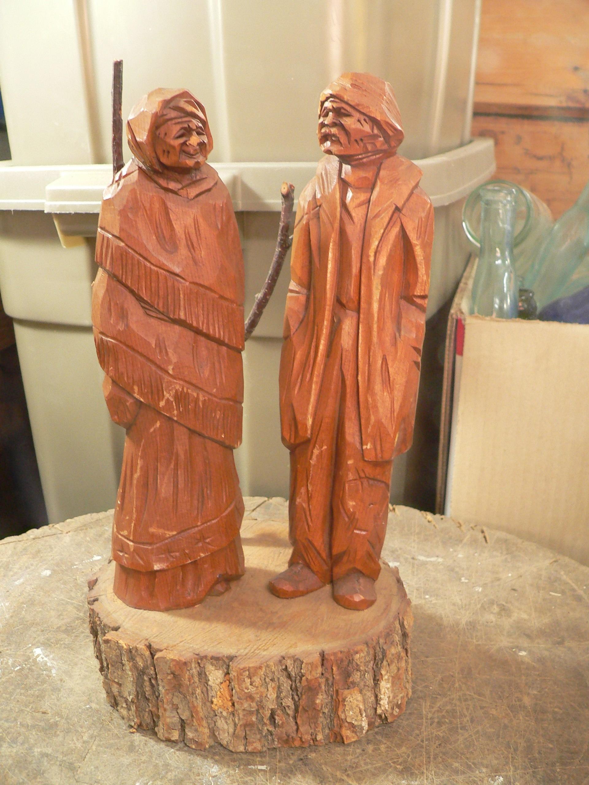 Sculpture indien ou inuit en bois # 7992.3