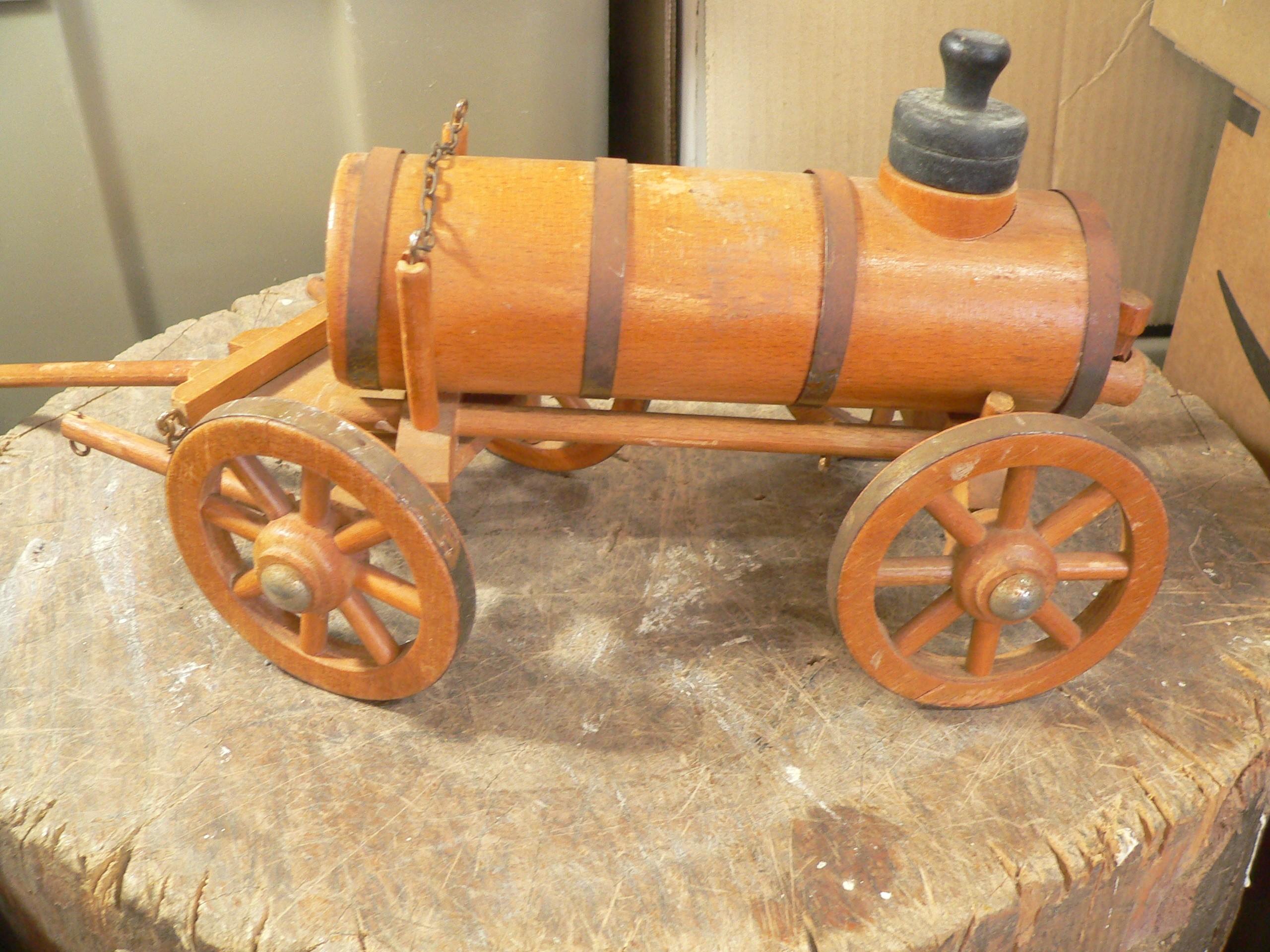 Wagon en bois # 7992.4