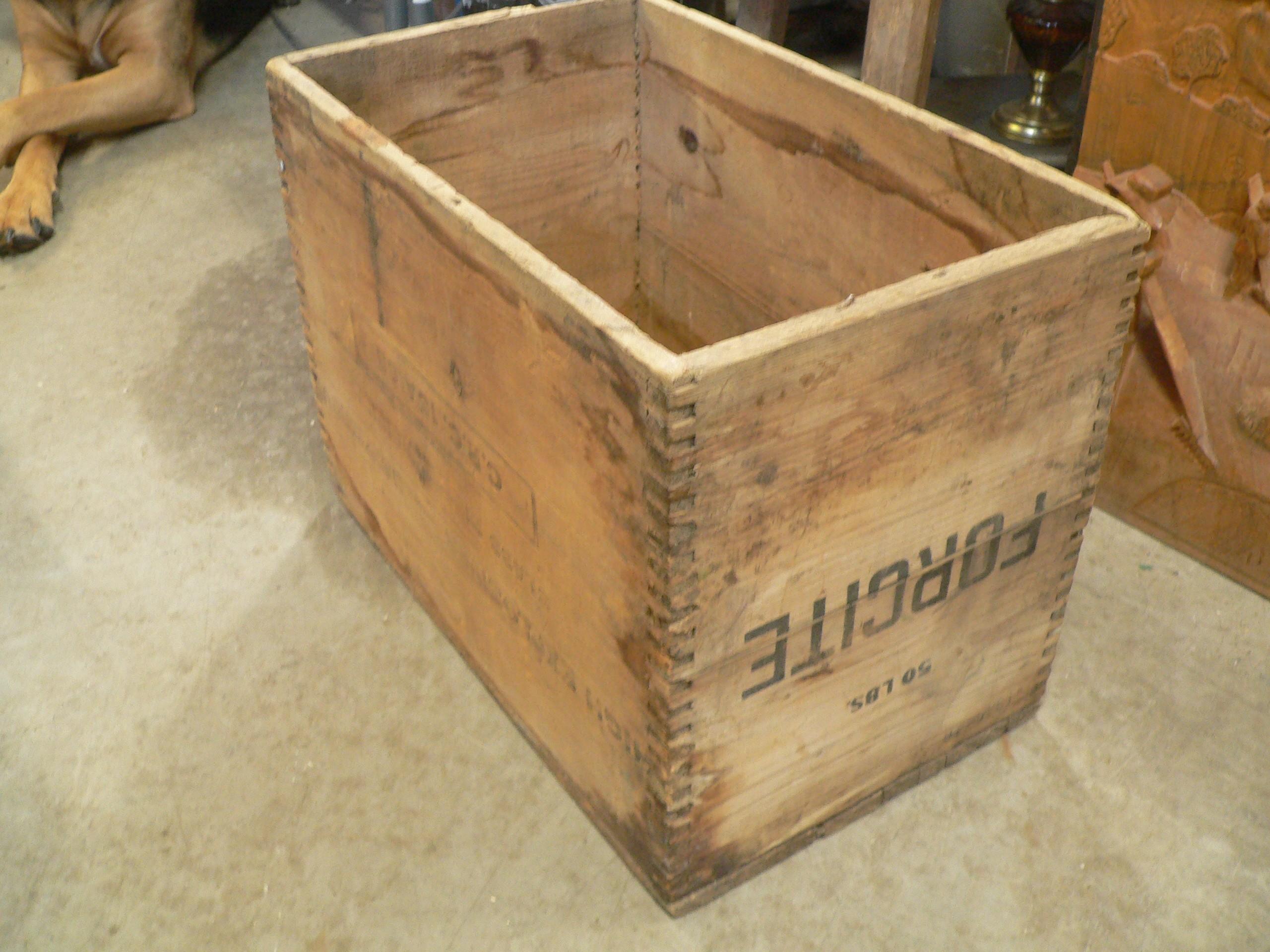 Caisse de dynamite antique # 8023