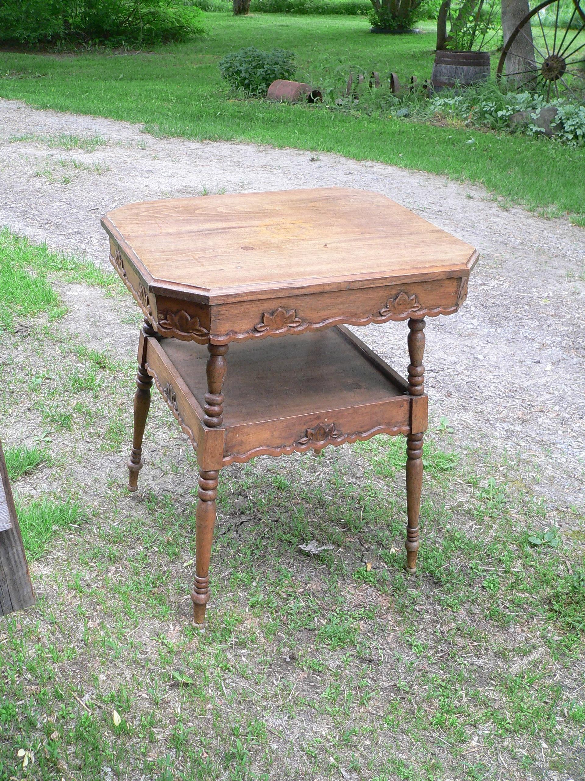 Très belle table antique # 8532